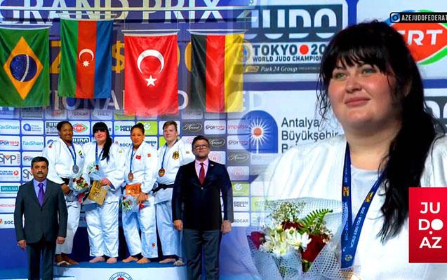 Qadın cüdoçumuz Antalyada qızıl medal qazandı