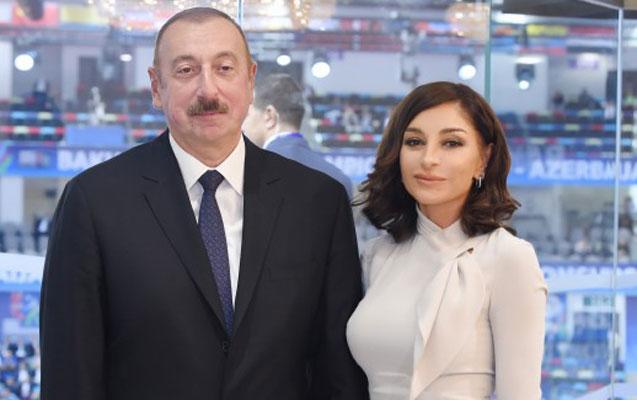 Prezidentlə xanımı 10 milyonuncu sakinin valideynləri ilə görüşdü