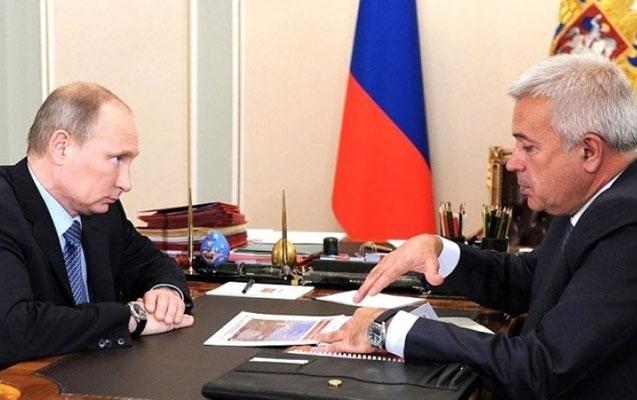 Putin Vahid Ələkbərovla görüşdü