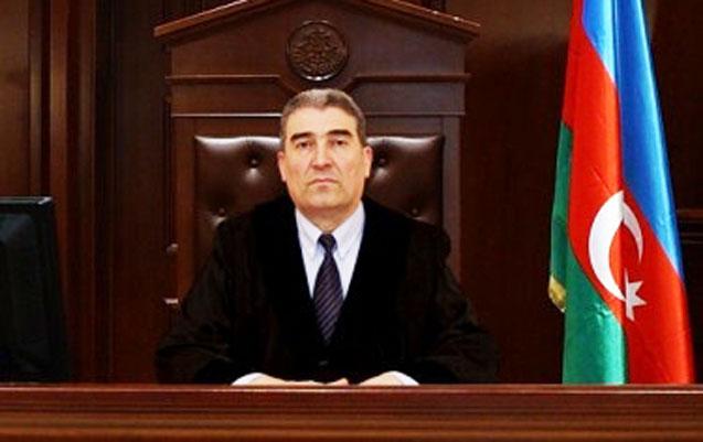 Prezident qanunu pozan hakimin səlahiyyətlərinə xitam verdi