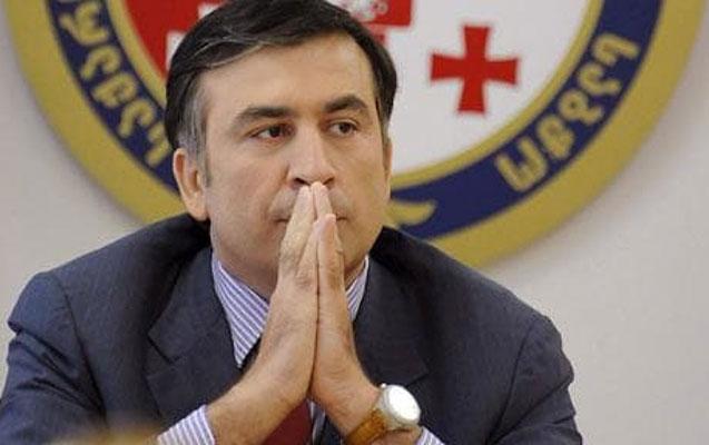 Saakaşvili Zelenskinin xeyrinə seçkilərdən imtina etdi