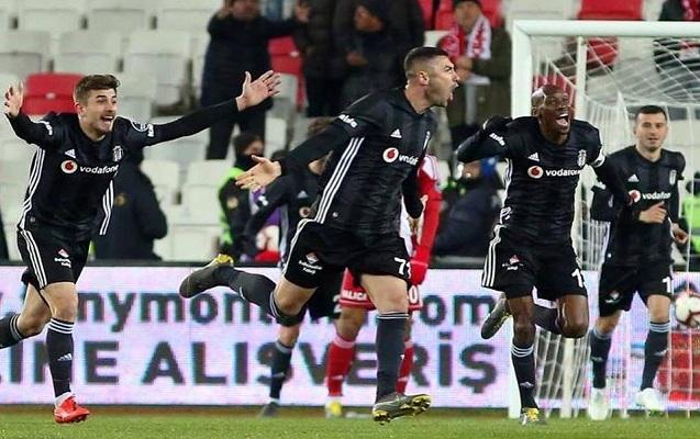"""Burak """"Beşiktaş""""a qələbə qazandırdı"""