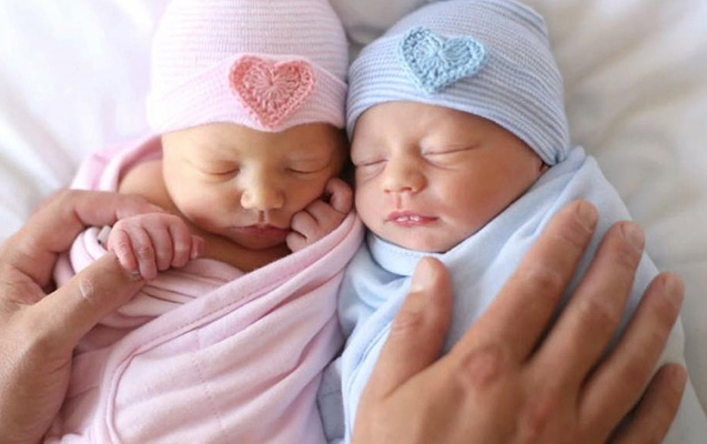 Süni mayalanma ilə doğulan ilk əkizlərin 14 yaşı olur