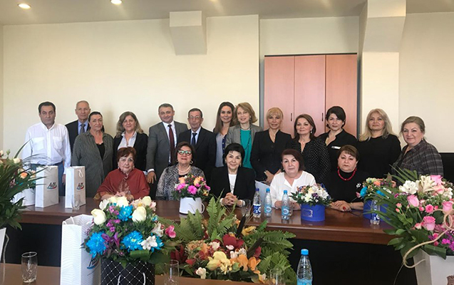 Rövşən Məmmədov tanınmış diktorları işə çağırdı