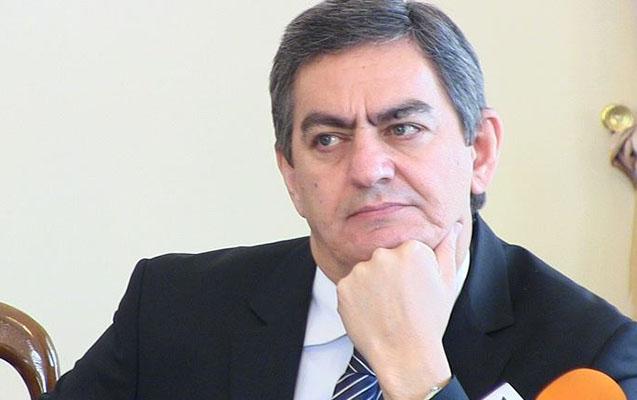 """""""Əli Kərimlinin ətrafından daha çox qopmalar olacaq""""- Rəfail Becanov"""
