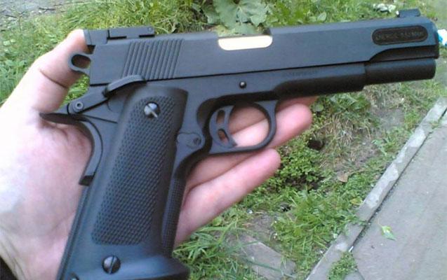 Silahla prezidentin görüşünə gedən şəxs saxlanıldı