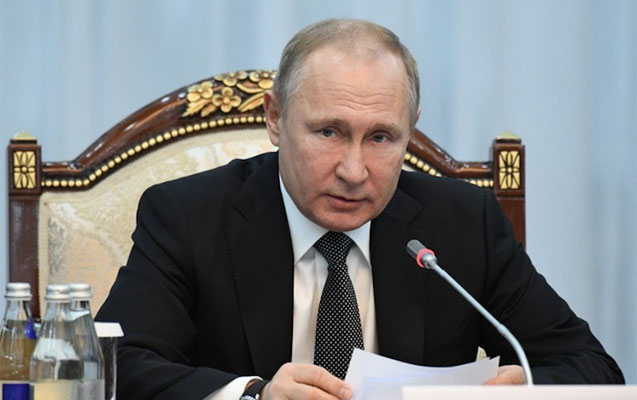 Putin 60 nəfərə general rütbəsi verdi