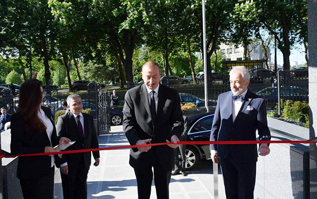 Prezident Belçikadakı səfirliyin yeni binasının açılışında