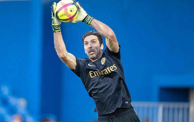 PSJ-dən Buffona müqavilə təklifi