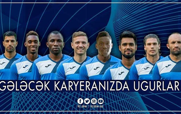 """""""Zirə"""" 9 futbolçu ilə vidalaşdı"""