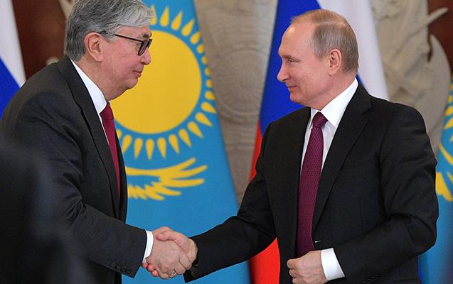 Putin Qazaxıstana gedir