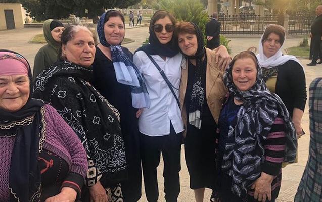 Mehriban Əliyeva qızı ilə ziyarətgahda