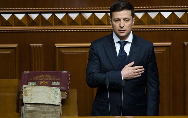 Ukraynada Zelenskinin dövrü başladı