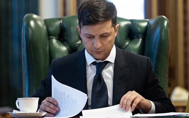 Parlament rəsmən buraxıldı, seçkilərin tarixi təsdiqləndi