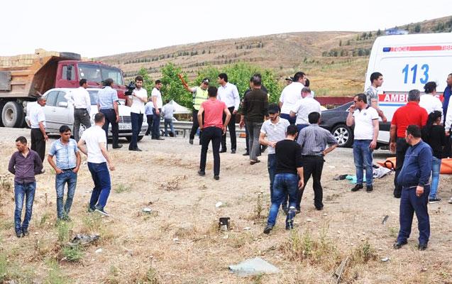 Tələbə qız öldü, 10 nəfər yaralandı - Daha bir faciəvi qəza