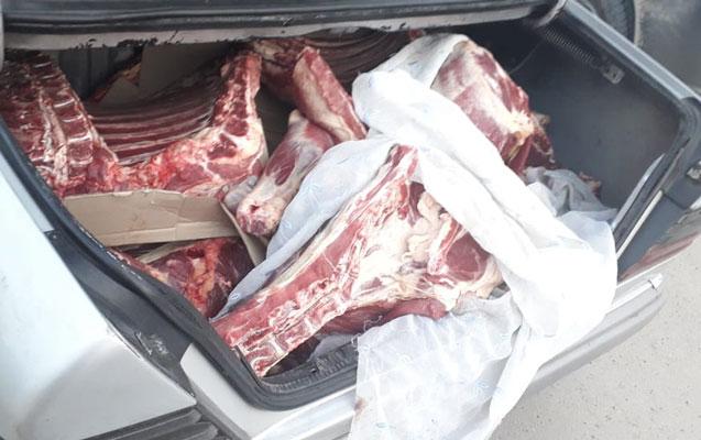 Maşınında 95 kiloluq ölü heyvan əti aşkarlandı