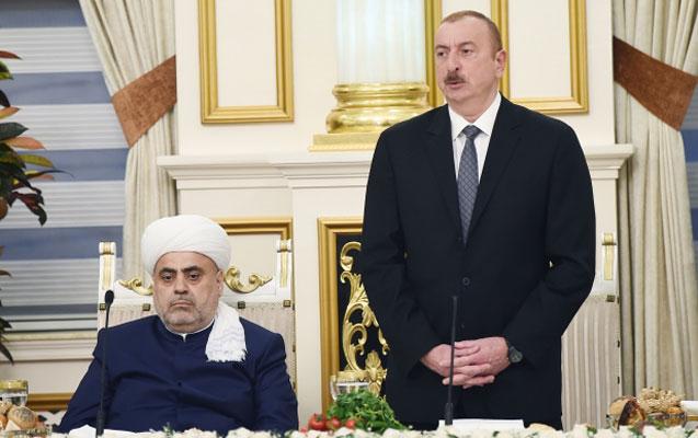 """""""Şeyxlə Heydər Əliyev çox yaxın olublar"""" - Prezident"""
