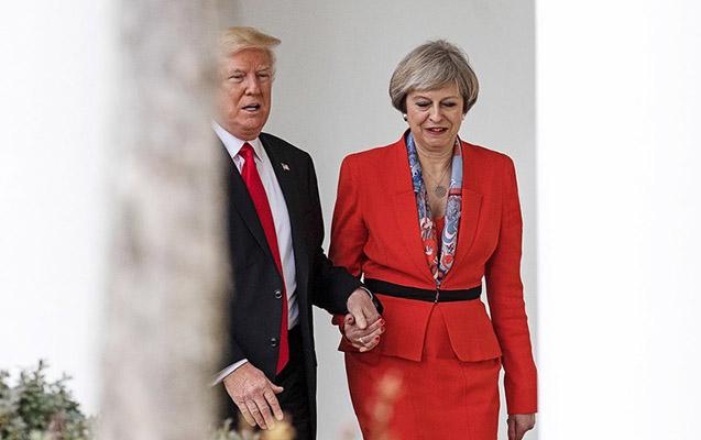 Tramp Meyin istefasından danışdı