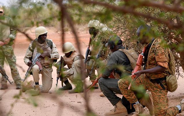 Kilsəyə silahlı hücum, 9 nəfər öldürüldü