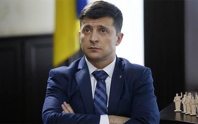Zelenskidən Poroşenko və onun komandasına zərbə