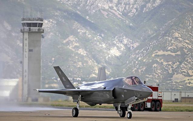 Türkiyəli pilotların ABŞ-da təlimə qəbulu dayandırıldı