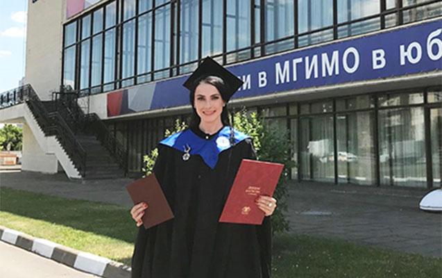 Rusiyanın məşhur azərbaycanlı aparıcısı ikinci qırmızı diplomunu aldı
