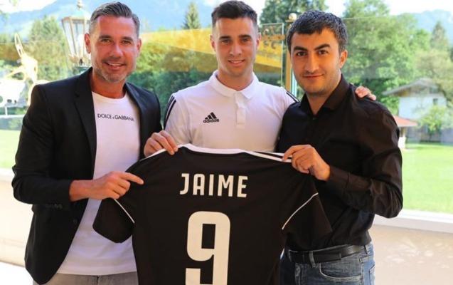 """""""Qarabağ""""dan rəsmi transfer"""