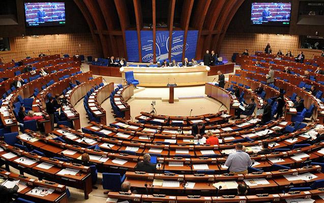 Erməni deputatların nifrət dolu çıxışlarına göz yuman sədr...