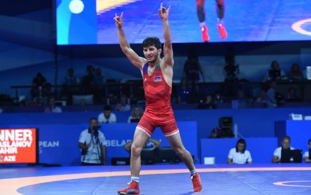 Əmiraslanov Azərbaycana ilk qızıl medalı qazandırdı