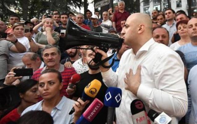 Tbilisidə etiraz aksiyaları səngimək bilmir