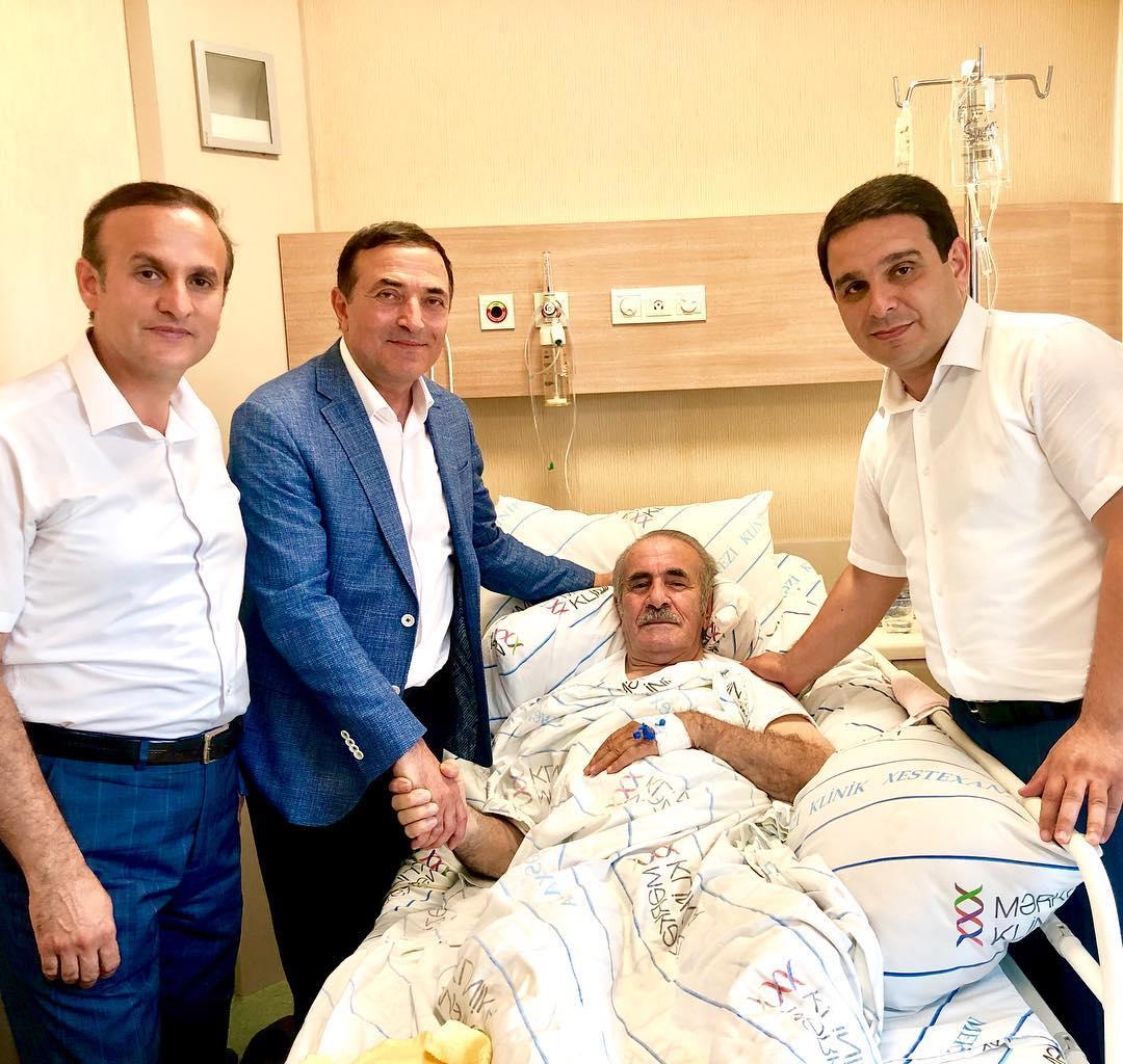 Düşmən Xalq artistləri xəstəxanada barışdı - Fotolar