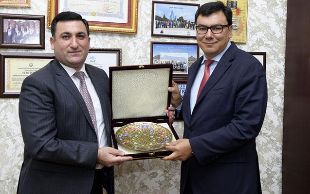 Özbəkistan Baş Nazirinin müavini ADNSU-da olub