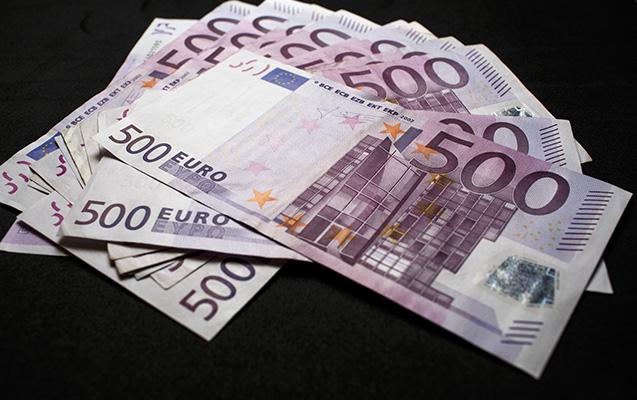 Banklarda 500 avroya 1 faiz komissiya tutulur