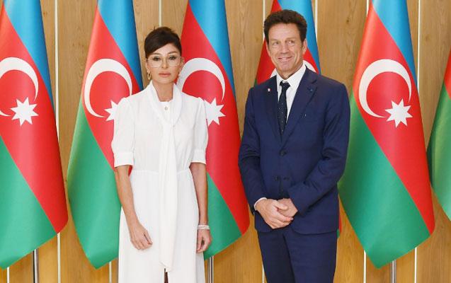 Mehriban Əliyeva görüş keçirib