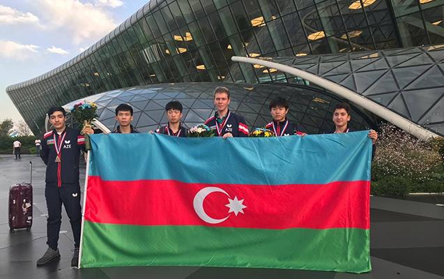Vitse-çempion tennisçilərimiz Azərbaycana qayıtdılar