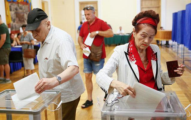 Ukraynada seçkilərin ilk ekzit-pol
