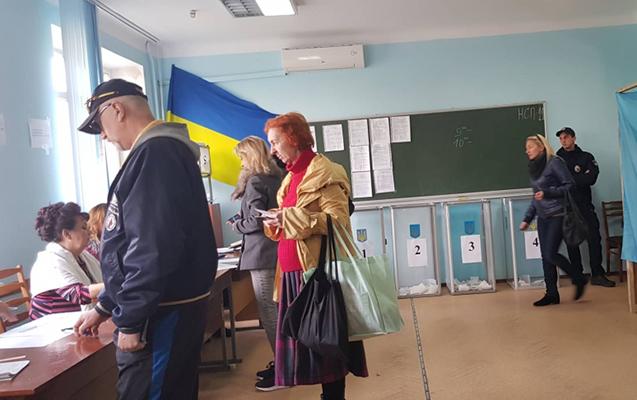 Ukraynada seçki başa çatdı