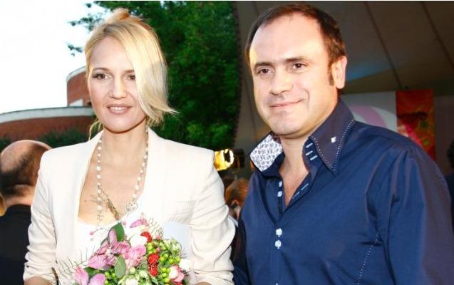 Tanınmış aparıcı biznesmen ərindən boşandı