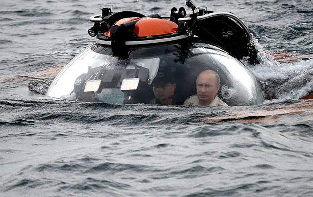 Putin körfəzin dibinə endi
