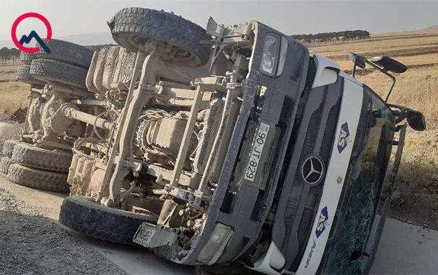 Bakı-Şamaxı yolunda avtomobillər toqquşdu