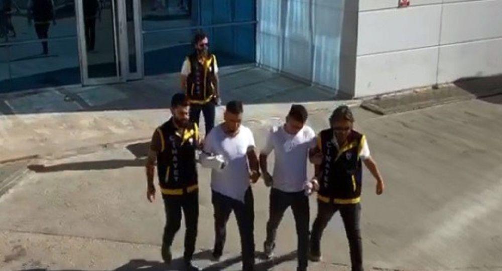 Türkiyədə bayram təbriki üstdə dava ölümlə bitdi - Video