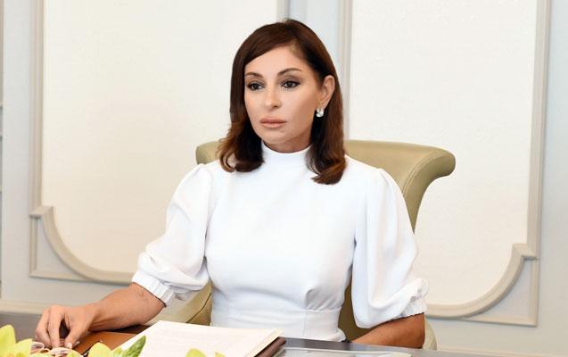 Mehriban Əliyevadan Azərbaycan xalqına təbrik