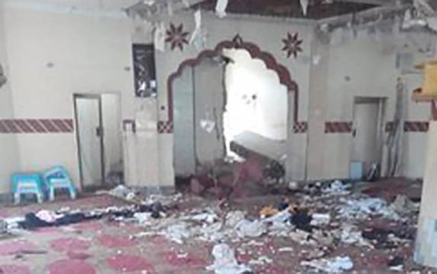 Pakistanda məsciddə partlayış