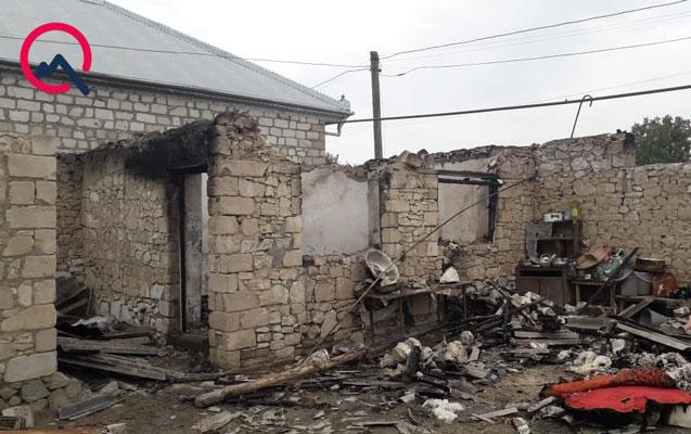 Boşandığı arvadının evini yandırdı, 2 yaşlı uşağı öldü - Şəmkirdə dəhşət