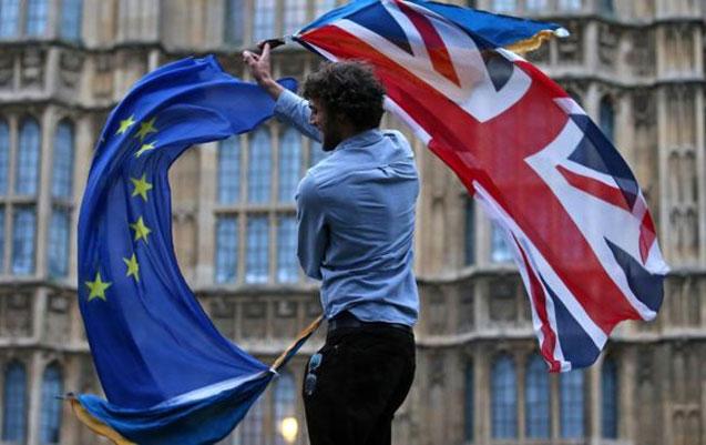 Razılaşdırılmamış Brexit ssenarisi mətbuata sızdı