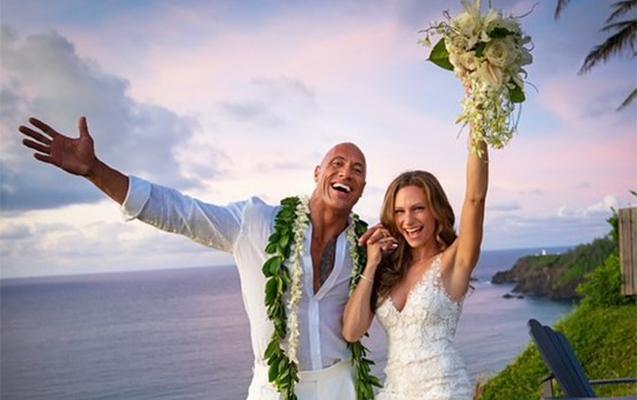 """""""The Rock"""" evləndi"""