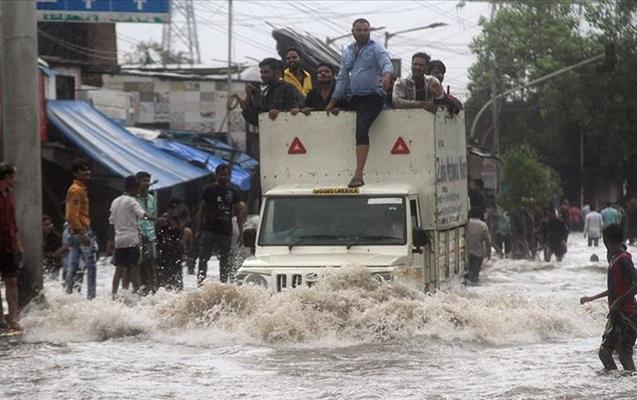 Hindistanda sel daha 58 nəfəri öldürdü