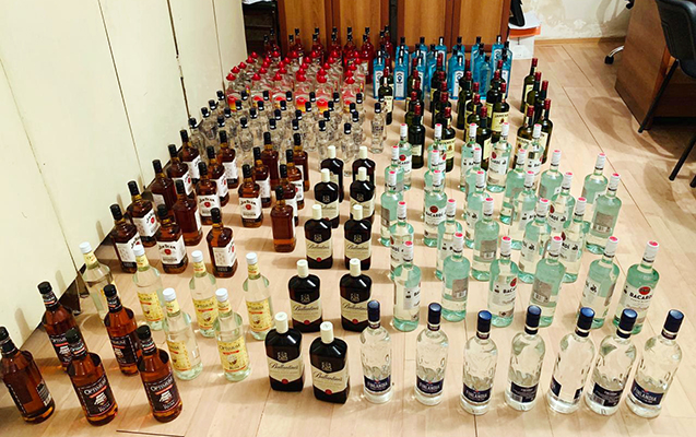 Aksiz markası olmayan spirtli içkilər aşkarlandı