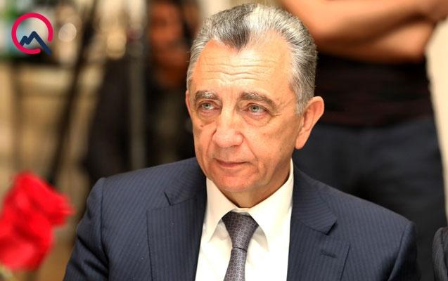 Eldar Əzizov direktoru işdən çıxardı
