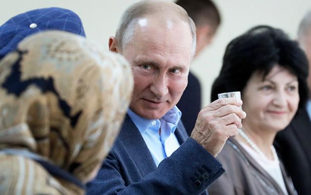 Putin araq vədinə 20 il sonra əməl etdi